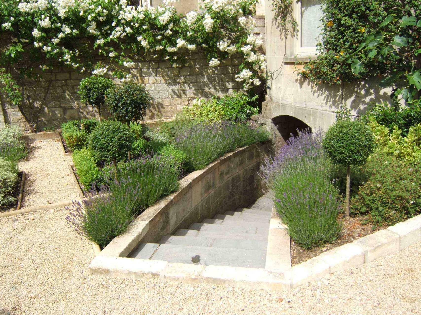 Parterre Garden Design04