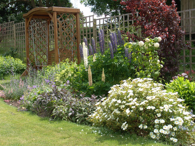 Country Garden Design02