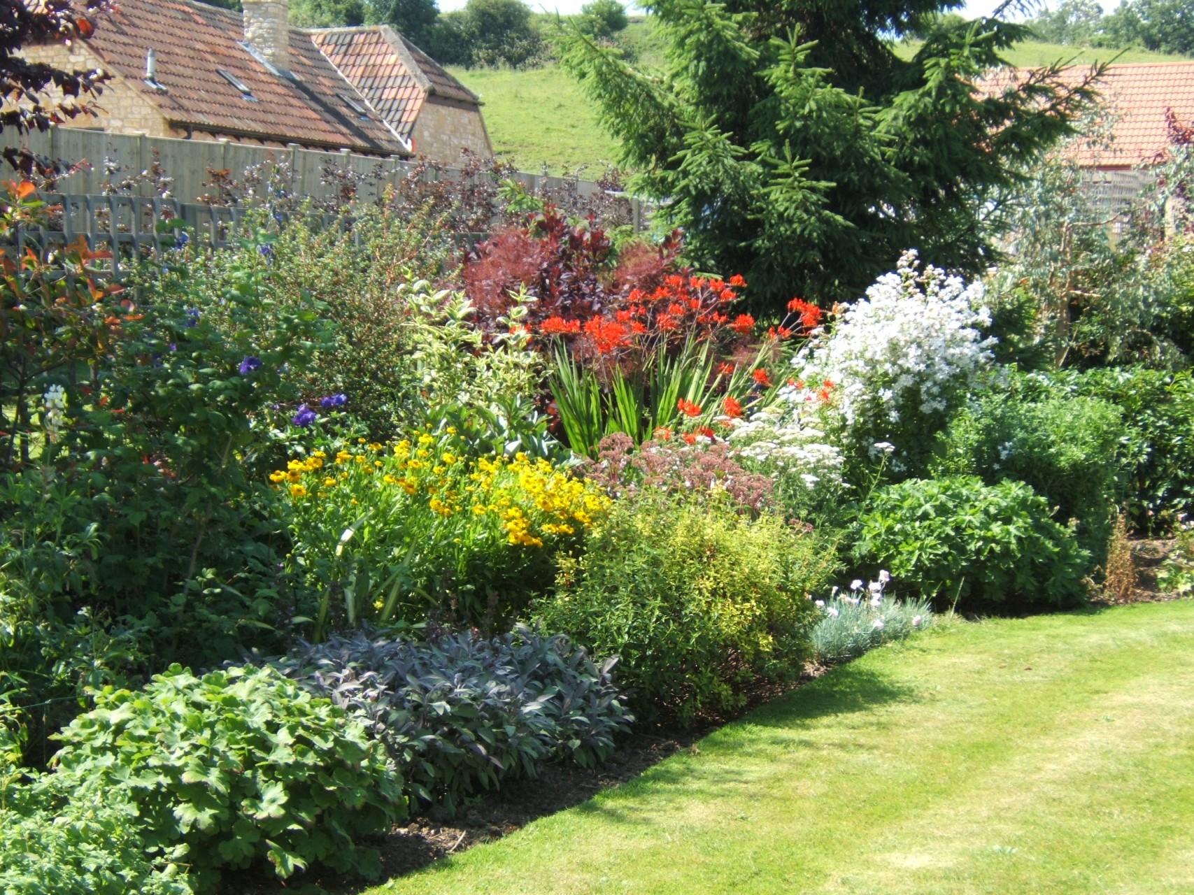 Country Garden Design03